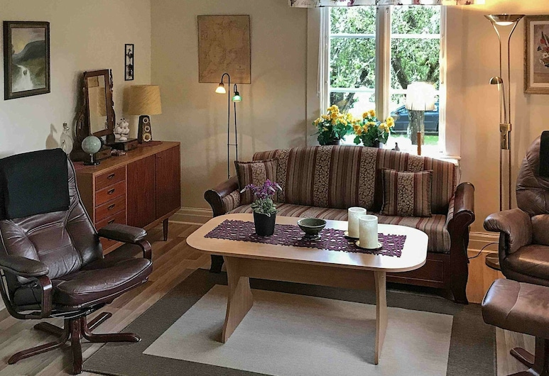 6 Person Holiday Home in Lidköping, Lidköping