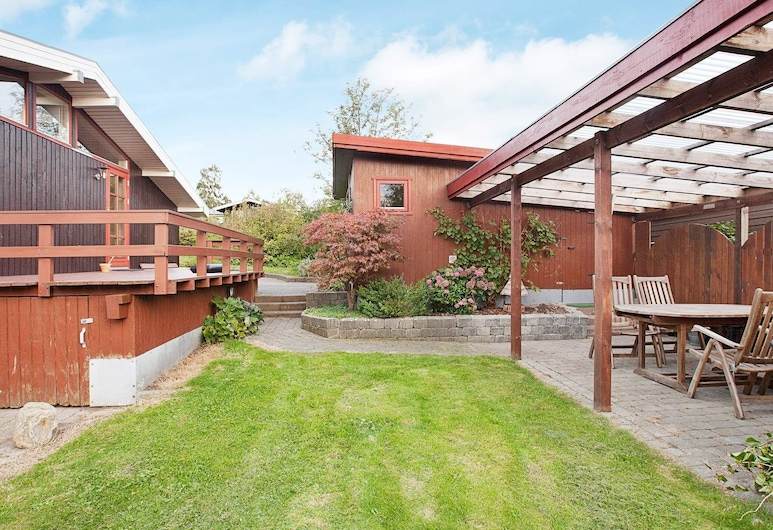 Quaint Holiday Home in Skibby Denmark With Terrace, Skibby, Property Grounds