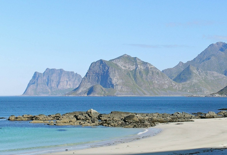 8 Person Holiday Home in Napp, Flakstad, Beach