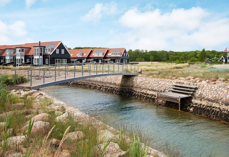 Charming Holiday Home in Jutland With Whirlpool, Juelsminde, Søudsigt