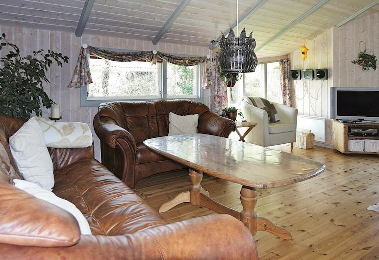 Exclusive Holiday Home in Hadsund Jutland With Sauna, Hadsund, Wohnzimmer