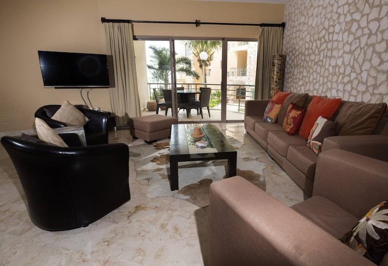 Corto Maltes 101 Cozy 3 Bedroom!! Stunning Views!!, 卡曼海灘