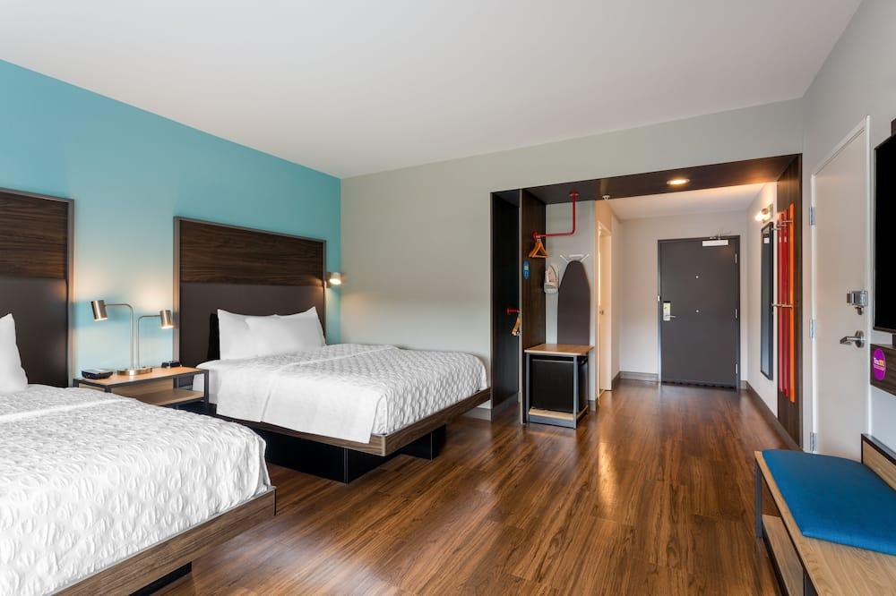 Chambre, 2 grands lits, accessible aux personnes à mobilité réduite (Roll-In Shower) - Chambre
