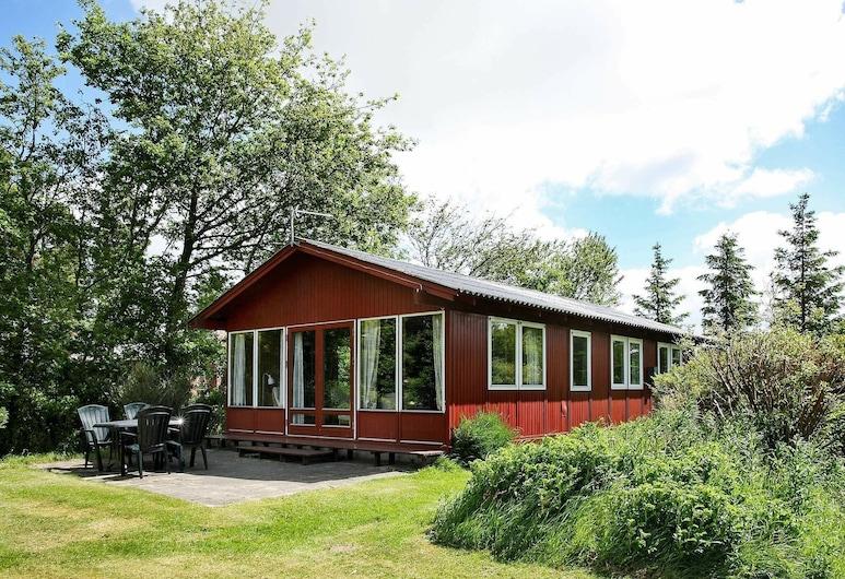 Charming Holiday Home in Spøttrup With Limfjorden View, Spøttrup