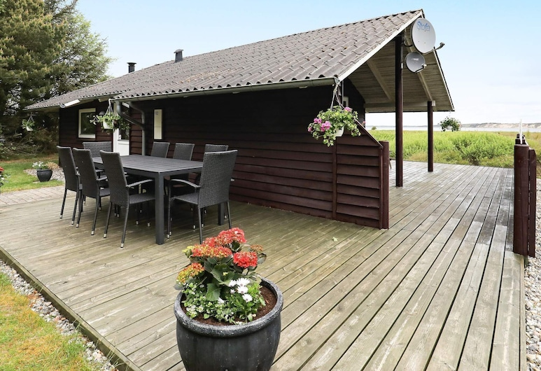 Stylish Holiday Home in Højslev With Barbecue, Hojslev, Exterior