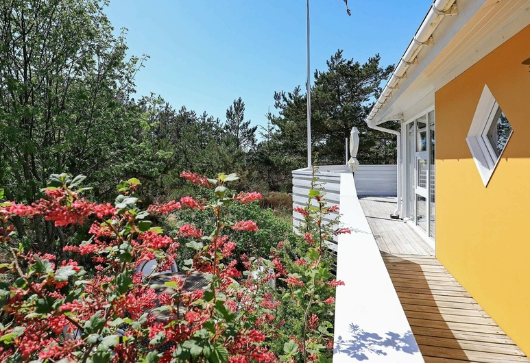 Secluded Holiday Home in Nordjylland Near the Sea, Læsø, Property Grounds