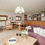 Cozy Holiday Home in Ålbæk With Private Whirlpool