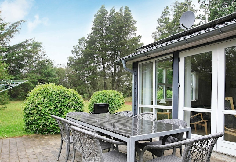 Beautiful Holiday Home in Ålbæk With Private Whirlpool, Aalbaek, Balkon