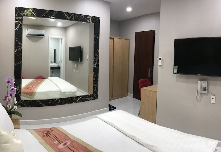 Deluxe Private 1 bed ,1 Bath 2 Guests, Ho Chi Minh City, Room