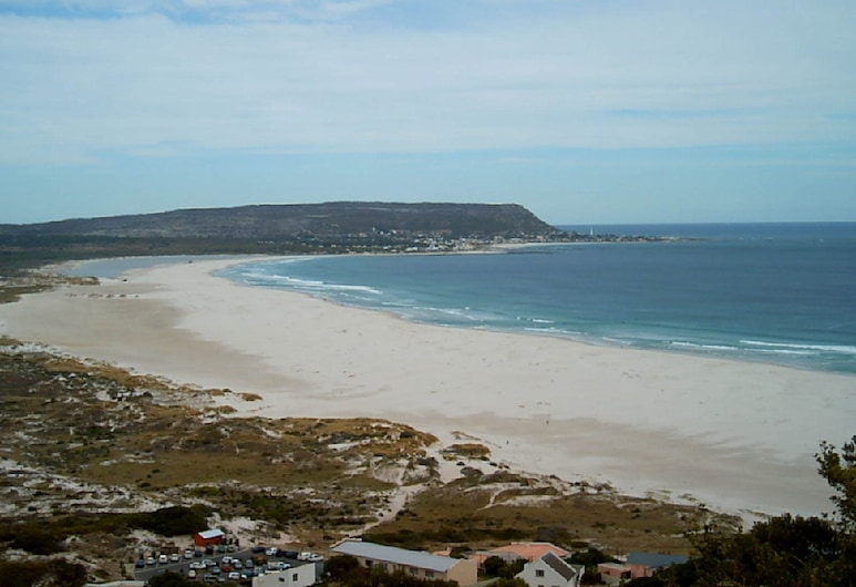 Small Cottage With Sep. Bedroom, En-suite Bathroom, Eating Room With Kitchenet, Cape Town, Beach