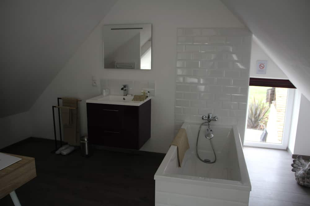 Double or Twin Room, Private Bathroom (Madeleine De Souvré) - Bathroom