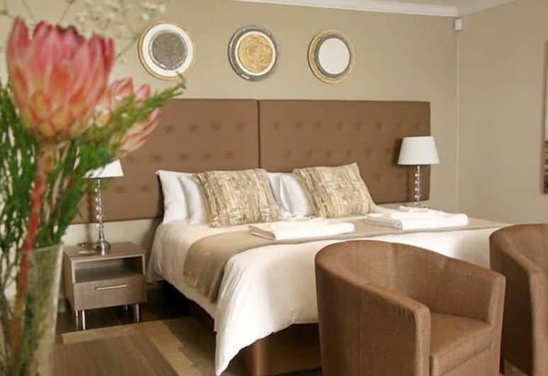 Walmer Manor Guesthouse, Port Elizabeth, Luxury Suite, 1 Bedroom, Guest Room