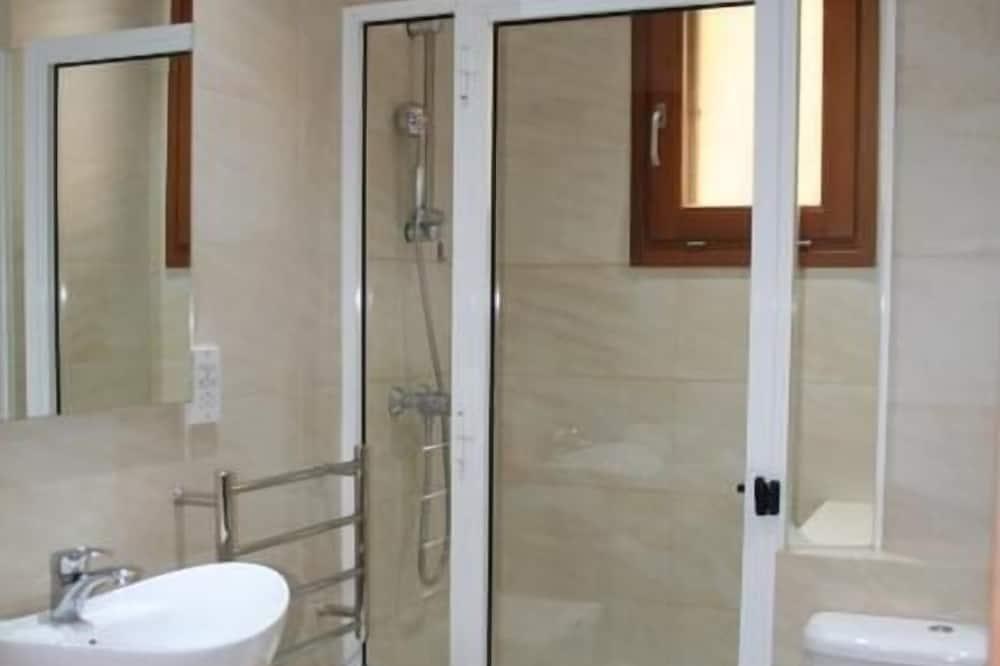 Luxusní apartmá, 2 ložnice - Koupelna