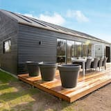 Charming Holiday Home With Private Whirlpool at Jutland, Toftlund