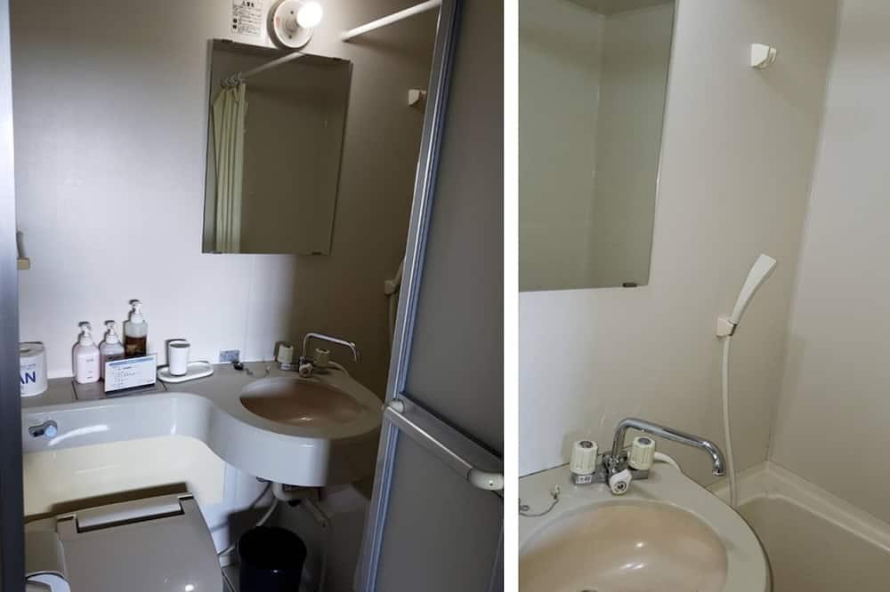 Traditional-Zimmer, Nichtraucher (Japanese Western Style, Quintuple) - Badezimmer