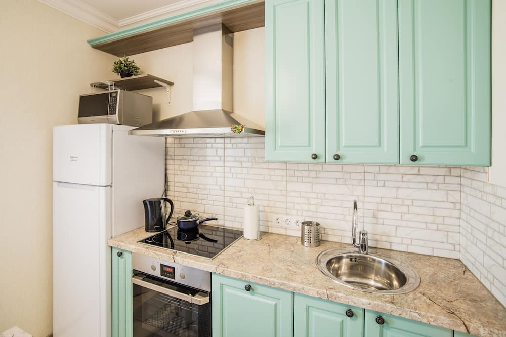 Design Apartment (Silver) - In-Room Dining