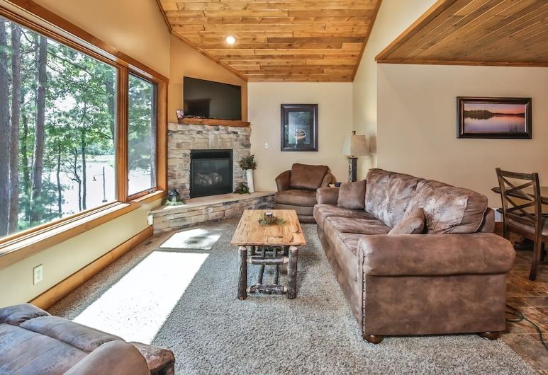 White Pine - Serenity Bay Resort 3 Bedroom Cabin, セント ジャーメイン