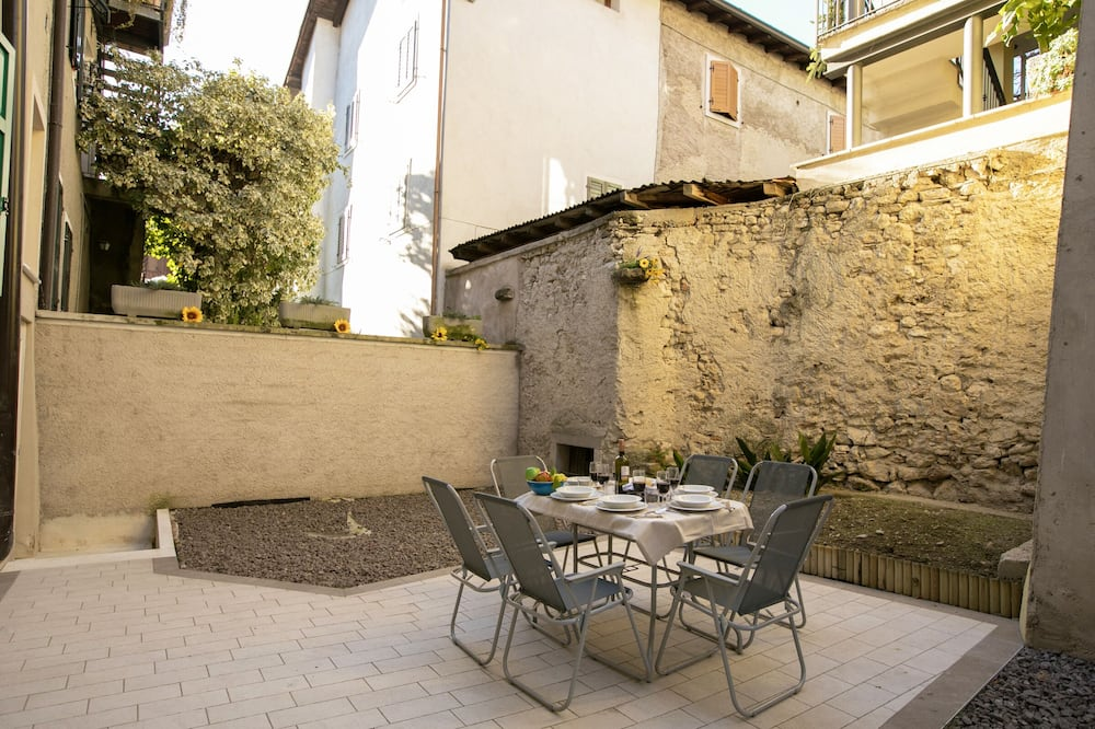 Rodinný apartmán, více lůžek (Appartamento Arco Varignano) - Balkón