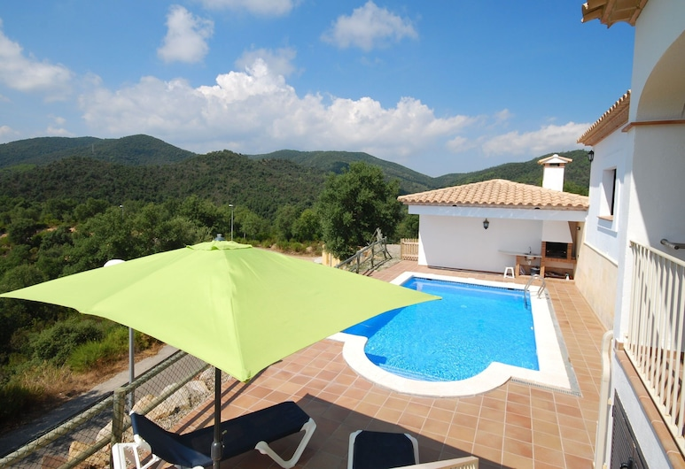 Luxurious Villa in Calonge With Private Pool, Calonge