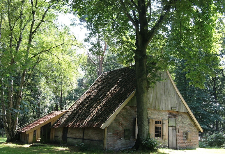 Special Tent Lodge With Dishwasher, in Twente, Haaksbergen, 外觀