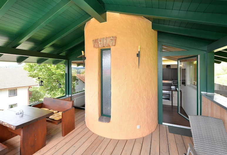 Homely Holiday Home in Blossersberg With Private Terrace, Viechtach, Balcón