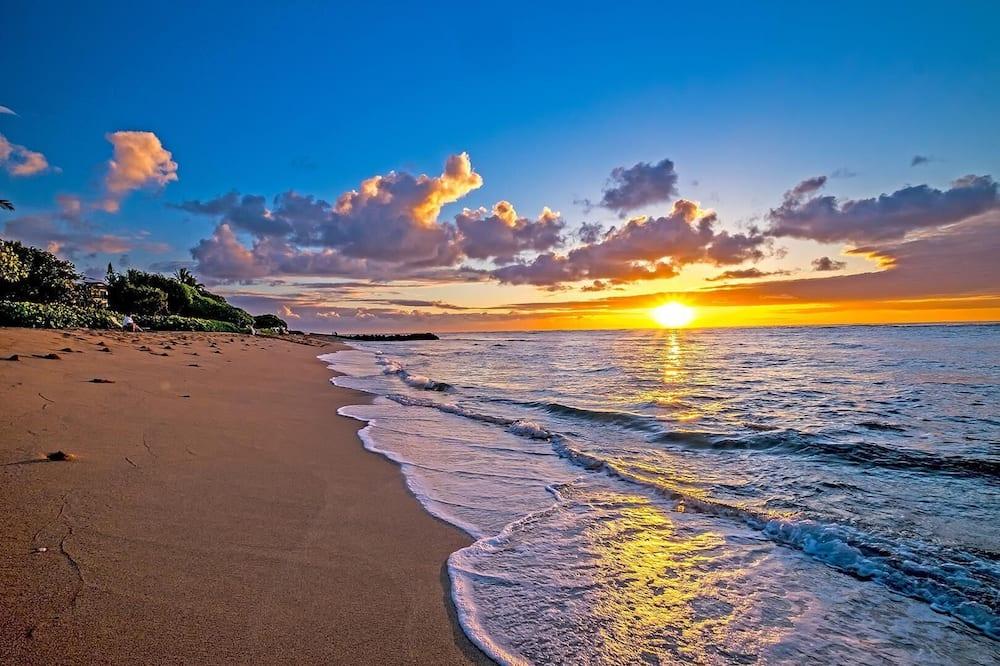 Byt, viacero postelí (Waipouli Beach Resort C-105) - Pláž