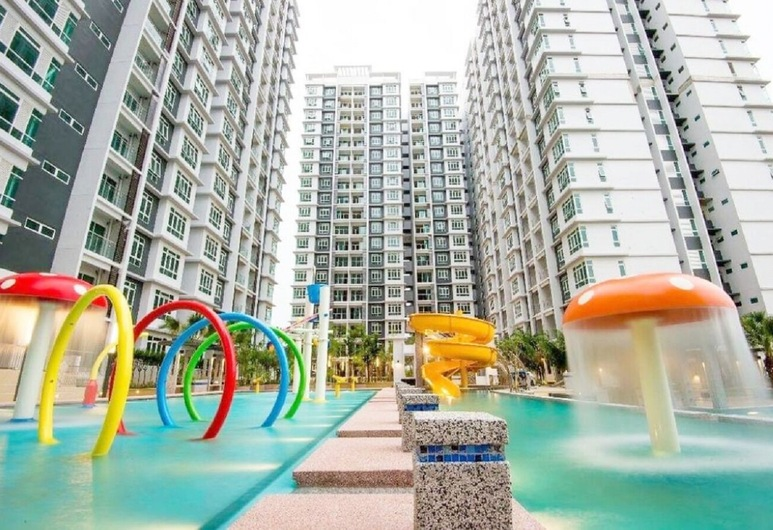 Parkland Residence Melaka Homestay by Lawivy, Malacca City, Kolam Kanak-kanak