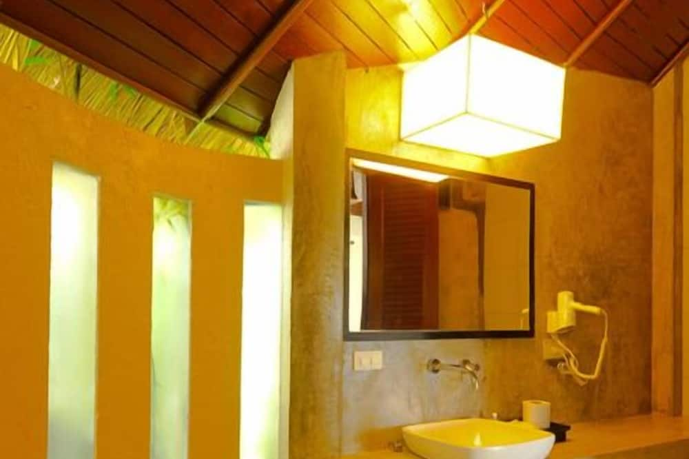 Villa, 1 King Bed - Bathroom