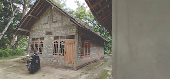 Picture of Natural Stone Homestay in Bantul