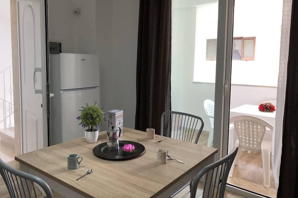 Külaliskorter, 1 magamistoaga (Suite Cristal) - Einetamisala toas