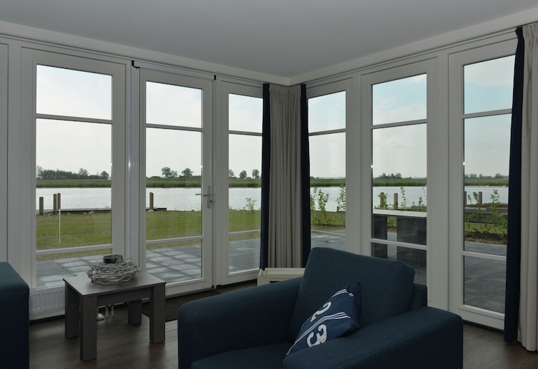 Luxury Wellness Villa With a Jetty, Located in Giethoorn, Giethoorn, Villa, Sala de estar