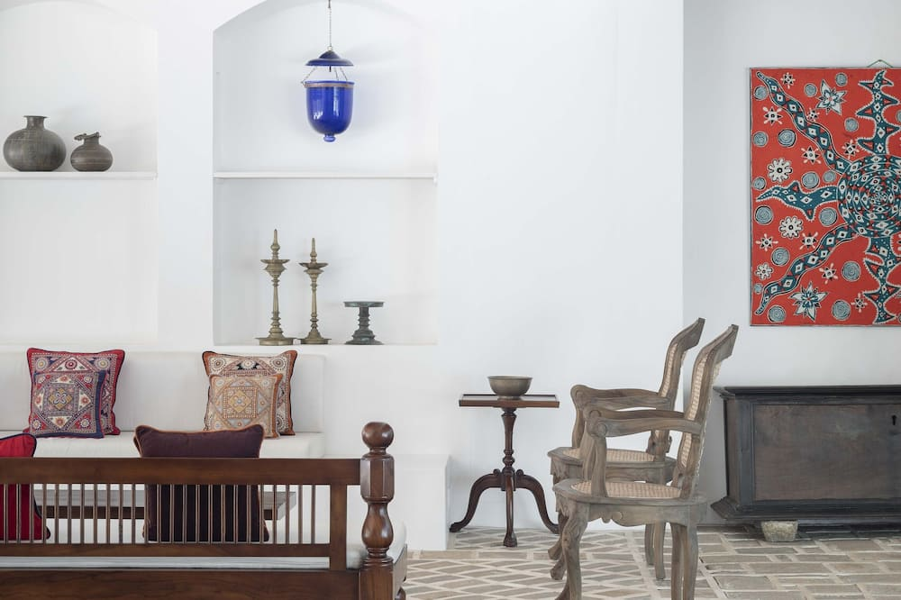 Ena House Guest Suite - Living Area