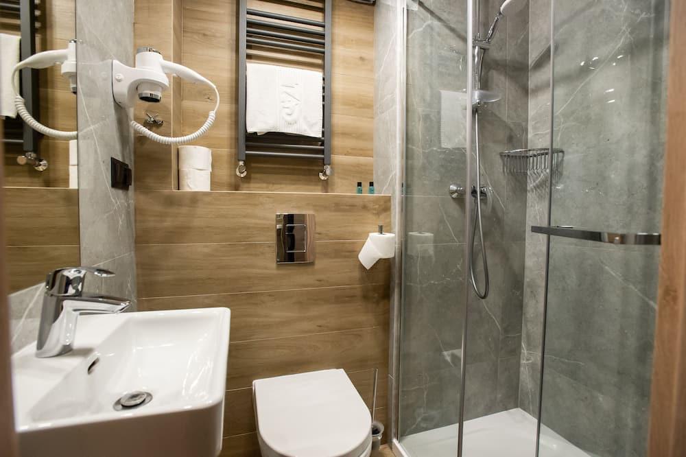 Twin Room, Mountain View - Bathroom