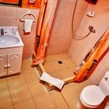 City-Dreibettzimmer - Badezimmer