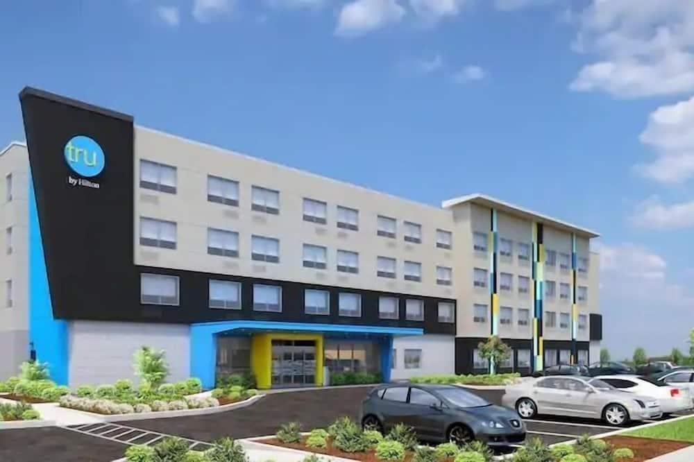 TRU by Hilton Perrysburg Toledo, OH, Rossford