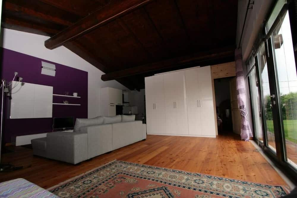 Dom typu Comfort, 1 spálňa, sauna - Obývačka