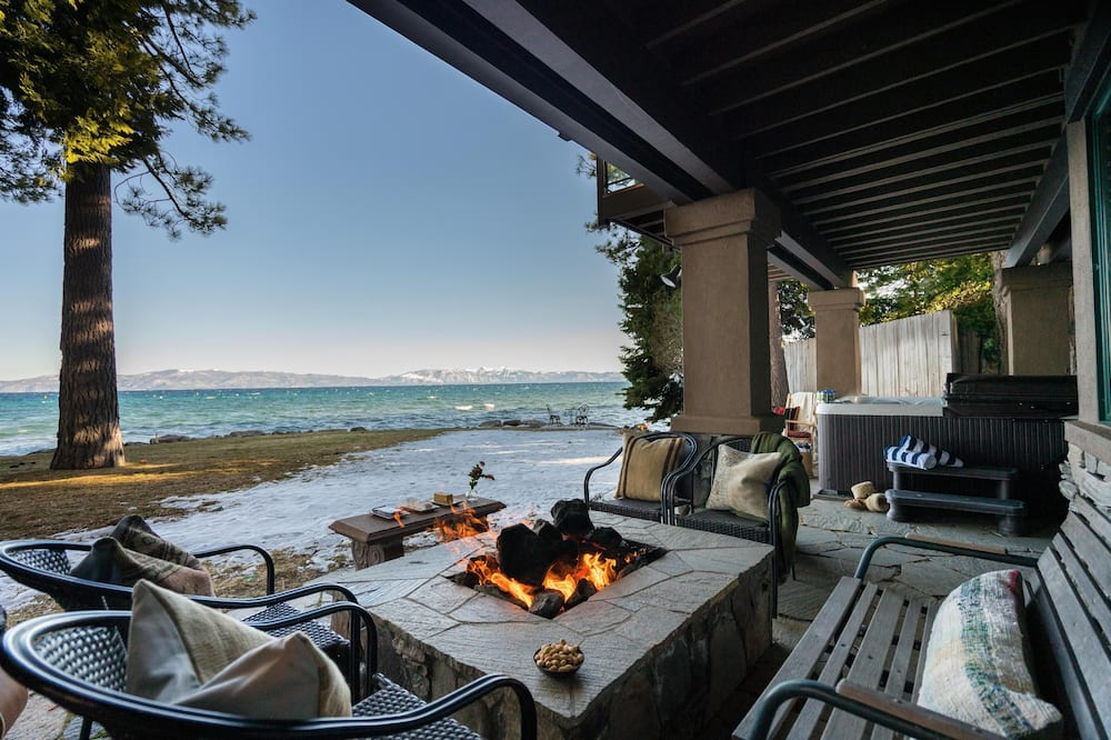 Dom, viacero postelí (Atlas - Private & Spacious Lakeside C) - Balkón