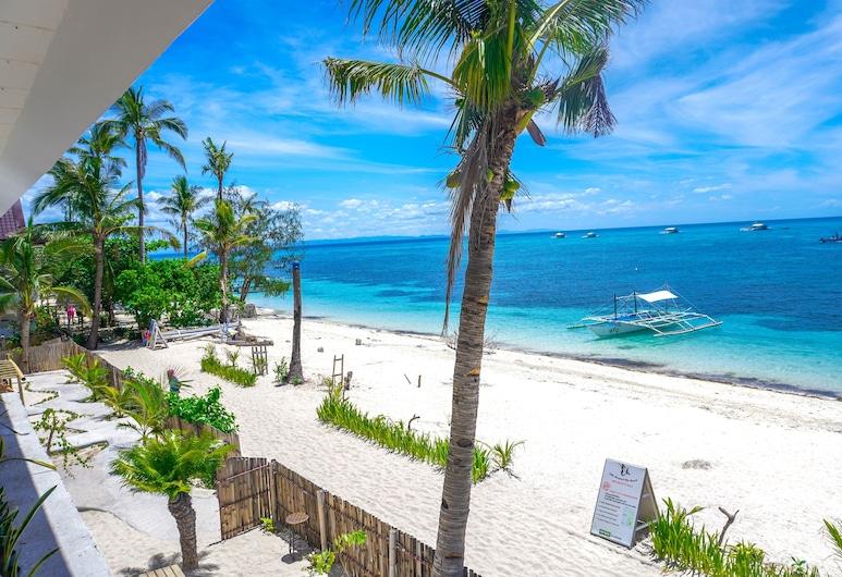 Little Mermaid Dive Resort by Cocotel, Daanbantayan, Beach