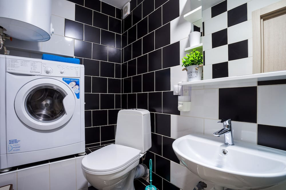 Apartment - Bathroom Amenities