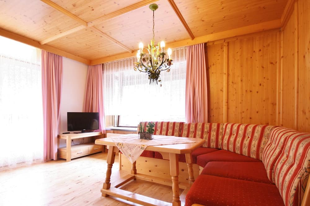 Peaceful Holiday Home in Leogang With Garden