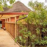 Ingagi Park View Lodge  UNIT 1