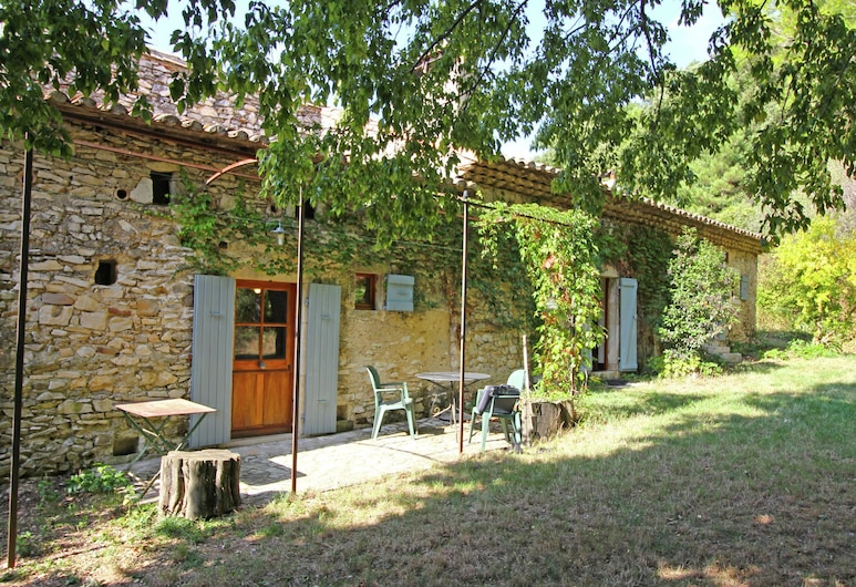 Characteristic Country House With Huge Natural Garden at 2 km From the Village Sauzet, Sauzet, Exteriér