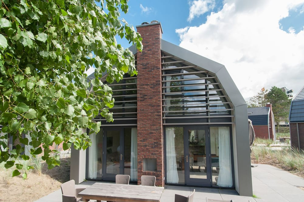 Beautiful new Villa With Sauna Surrounded by Dune Reserve Near the sea, Egmond aan den Hoef