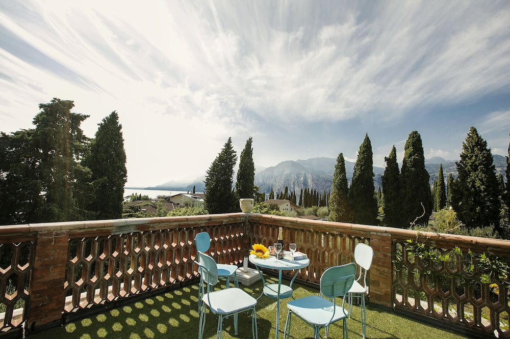 Familie villa, Meerdere bedden, 2 badkamers, aan tuin (Villa Rohan) - Balkon