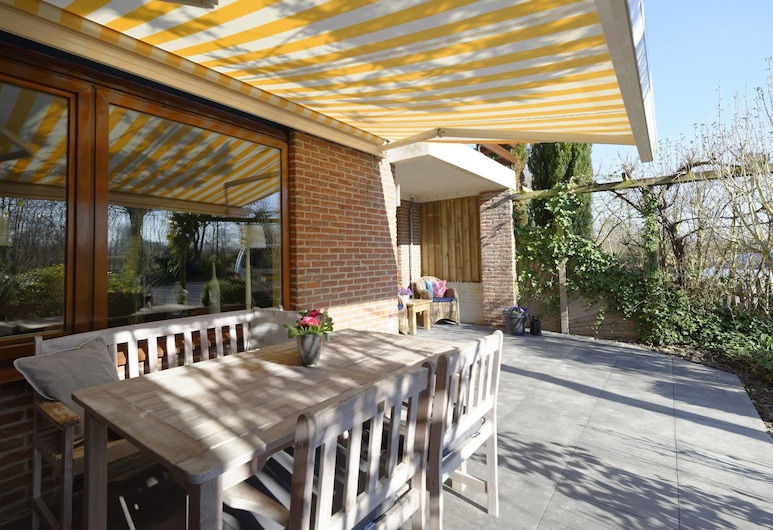 Classy Apartment in Veere With Private Terrace, Veere