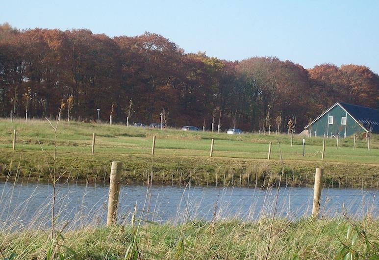 Semi-detached House With a Dishwasher, at 9 km van Slagharen, Rheezerveen, Garden