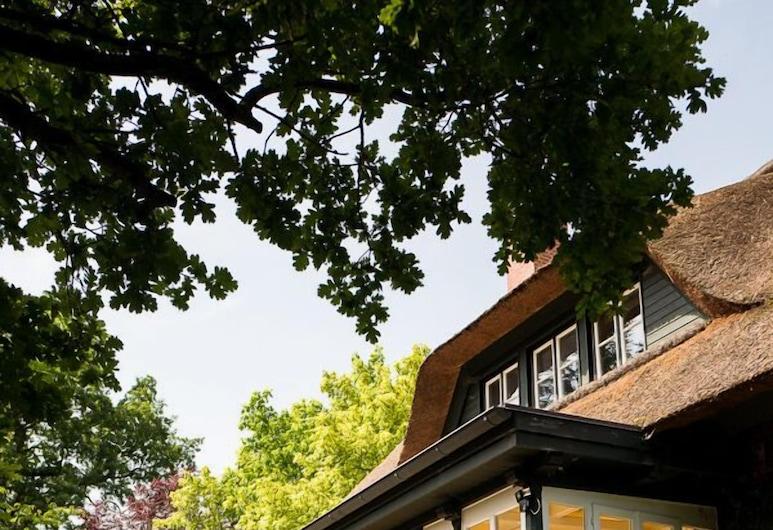 Forsthaus Friedrichsruh, Aumühle, Casa Deluxe (Rotes Haus), Terraza o patio