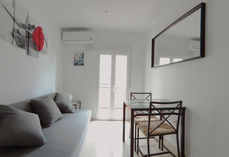 Apartamento interior cercano al parque Olof Palme AP5, Madrid, Apartment (Interior), Living Area