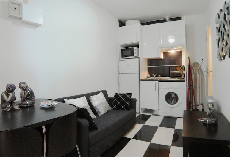 Apartamento interior cercano a Cuatro Caminos, Madrid
