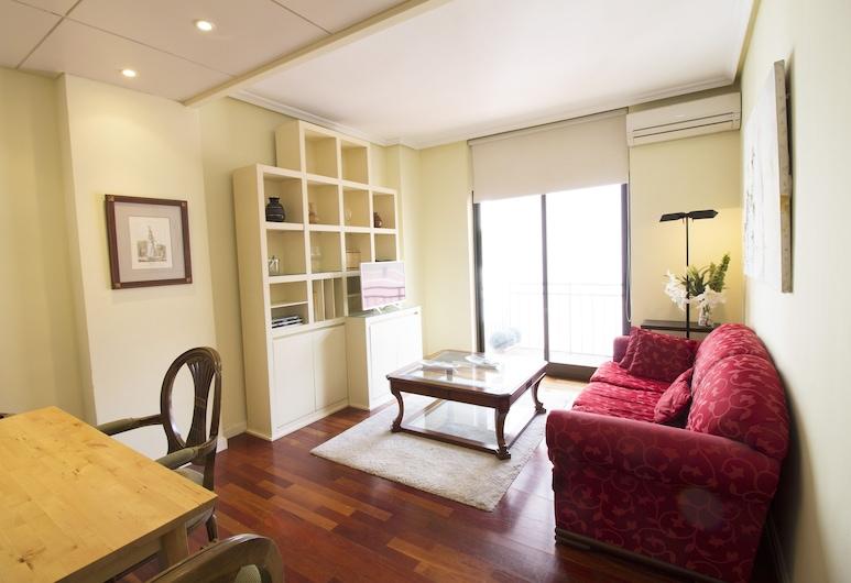 Agradable Apartamento de 2 Habitaciones con A/C, WiFi en Avenida de America, Madrid